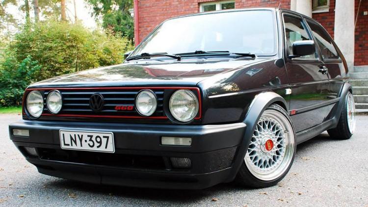 От министерството заявиха, че спират вносът на автомобили преди 2009г.