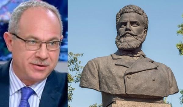 """Паметникът на Ботев в Борисовата градина, трябва да се премахне, в основата му има """"комунистически надпис"""""""