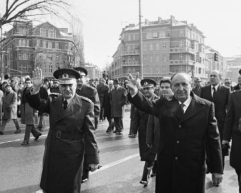 Защо Тодор Живков удря шамар на турския премиер през 1978 г. в Одрин
