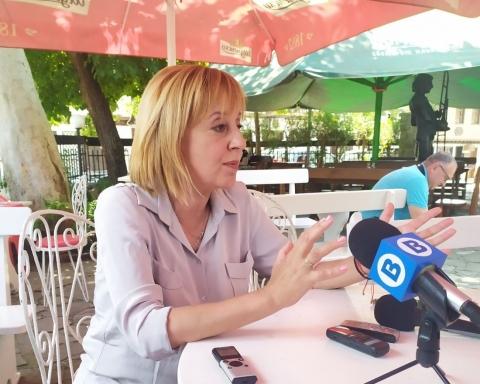 Манолова: Има таен план за удължаване на мандата на правителството с два месеца, колкото беше извънредното положение