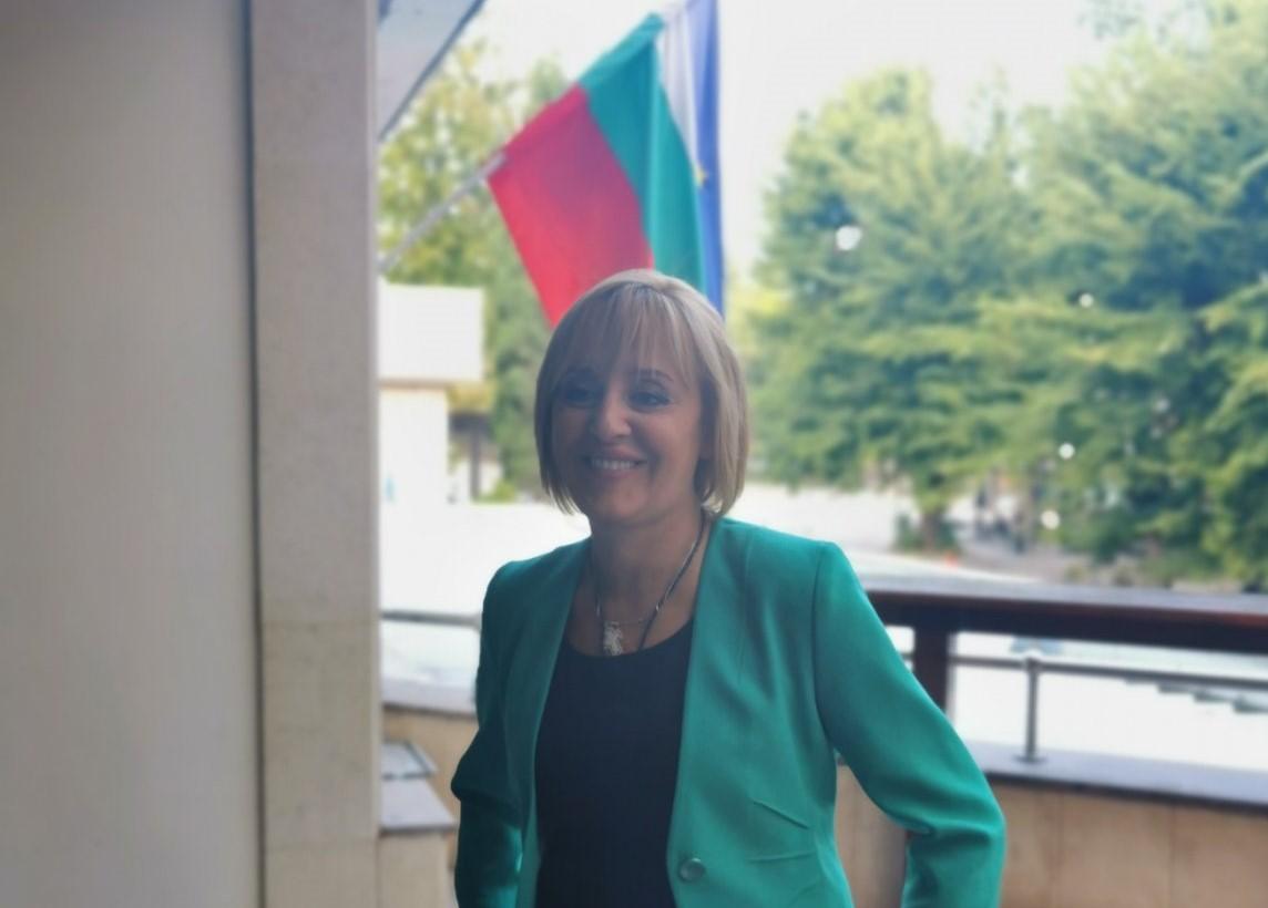Манолова: При Борисов единствената работеща система е корупцията
