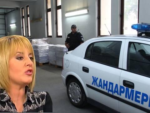 Мая Манолова: Управляващите се готвят пак да подменят изборните резултати