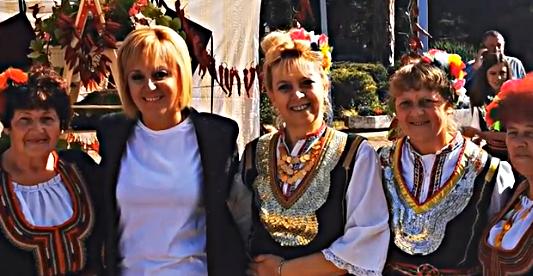 Мая Манолова! Да сте живи и здрави!