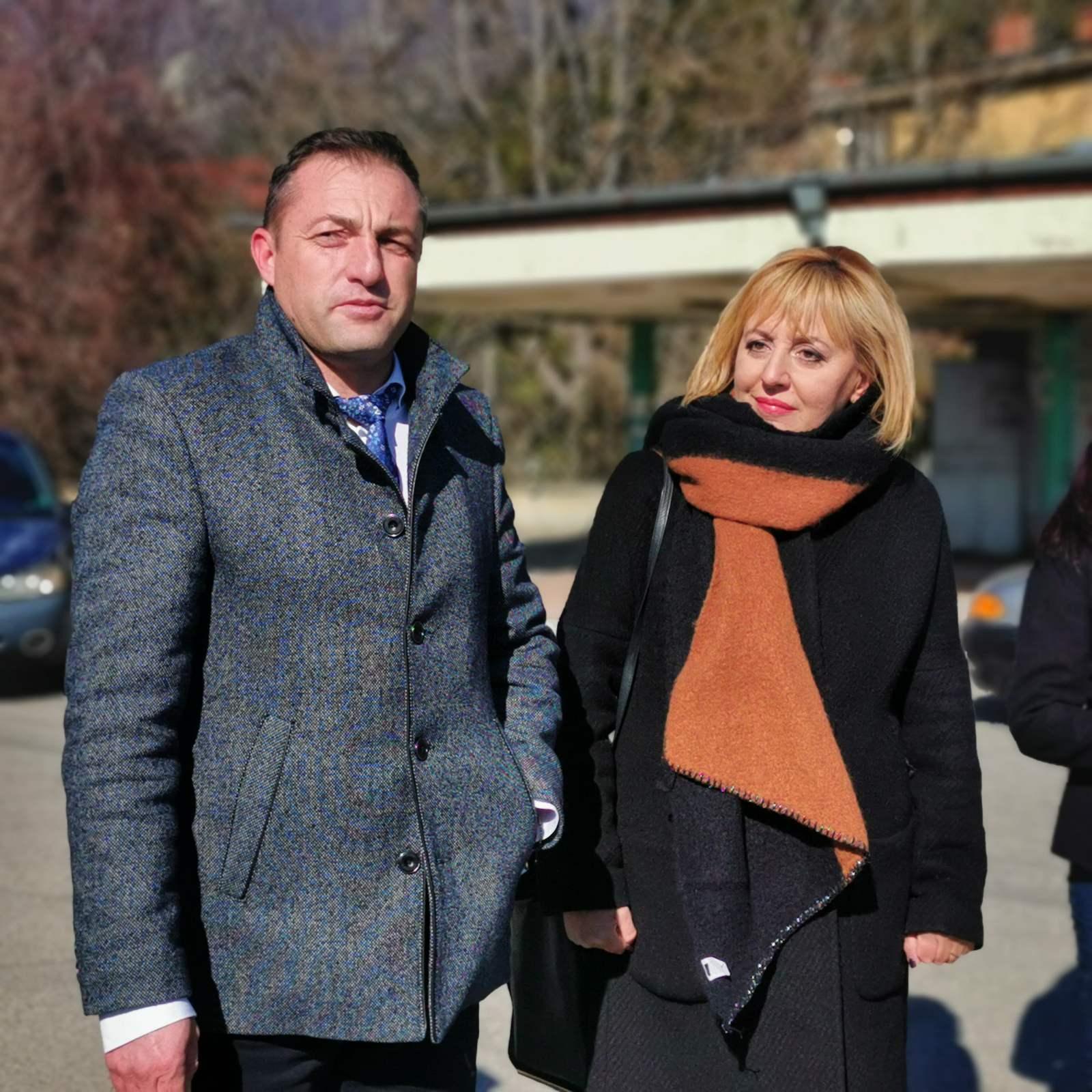 Манолова свиква извънреден брифинг за нова изборна схема, приложена в Мъглиж