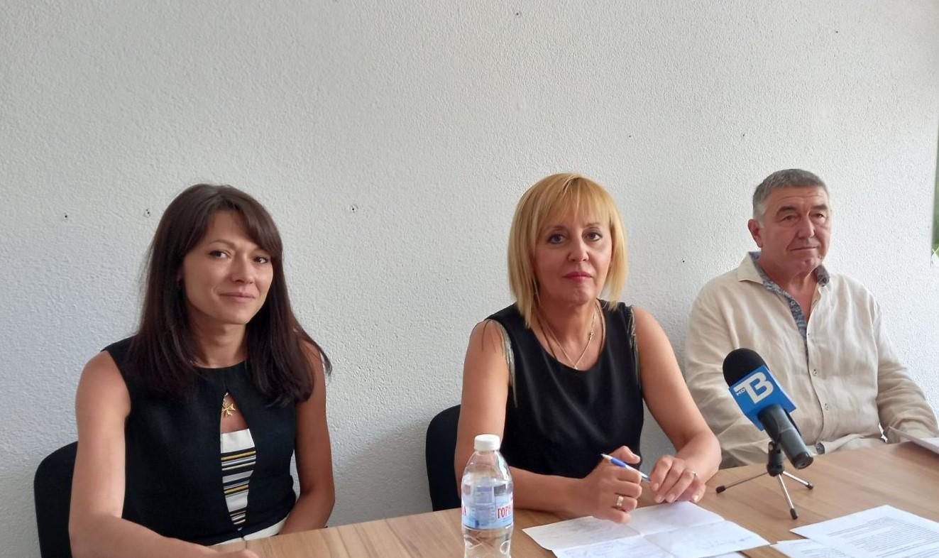 Манолова: Ще настояваме преизчисляването на пенсиите и подкрепата за младите да започнат от 1 октомври