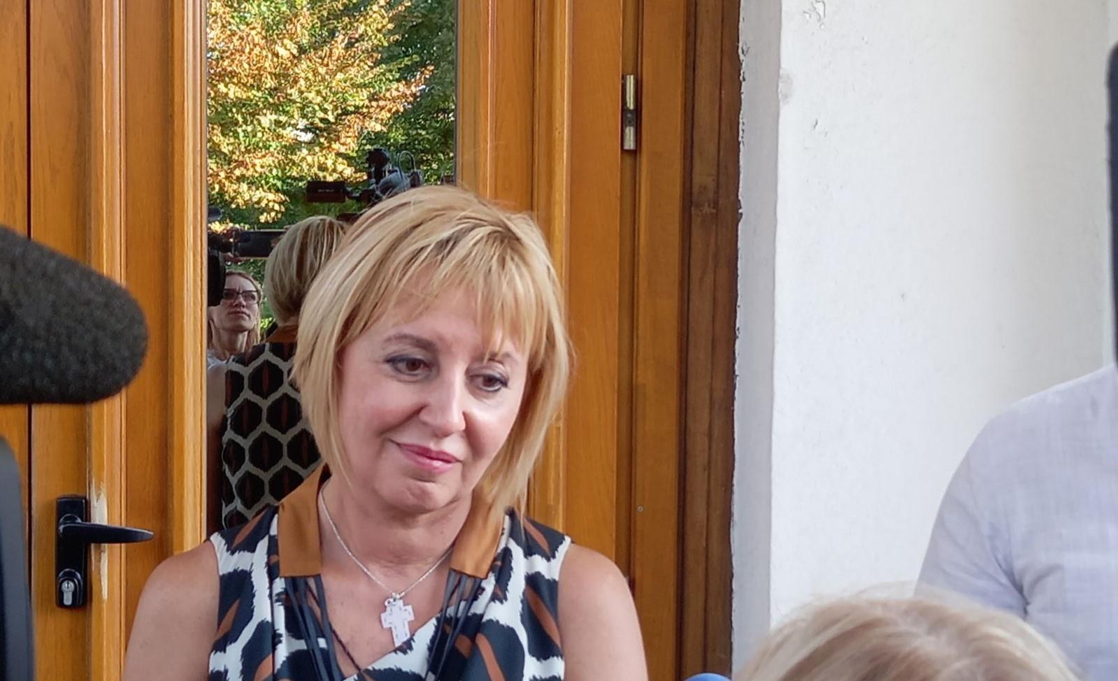 Мая Манолова: Третият мандат е шанс да има кабинет